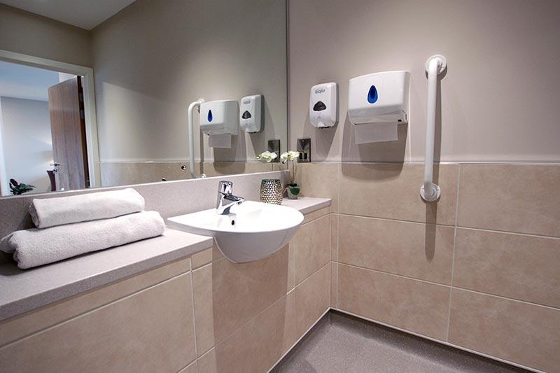 Casa di lusso residential dementia nursing care home for Arredi di lusso casa